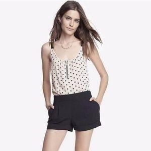 8/10 EXPRESS BLACK STRETCHY DRESS SHORTS